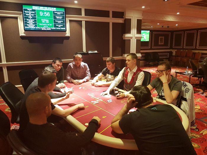 казино клуб паратов