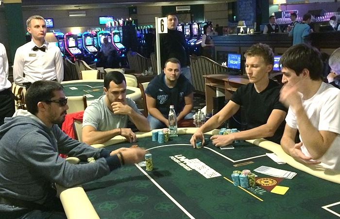 членство в казино оракул азов сити