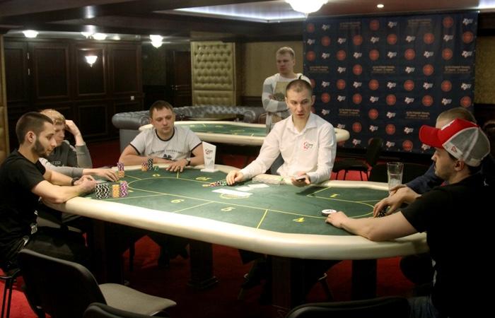 Даниил панов в казино рулетка 50 м стекловолокно